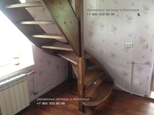деревянная лестница с покраской
